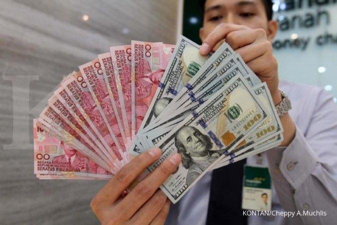 Tak berdaya, rupiah ditutup melemah 0,50% ke Rp 14.890 per dolar AS pada Kamis (24/9)