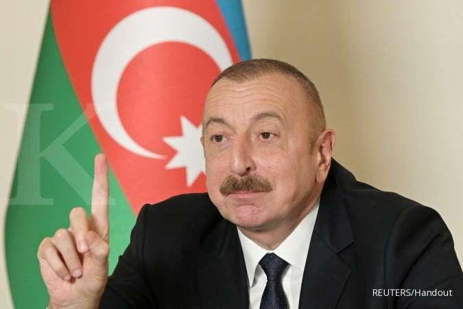 Azerbaijan berhasil memenangkan perang dengan merebut Shusha. Official web-site of President of Azerbaijan/Handout via REUTERS