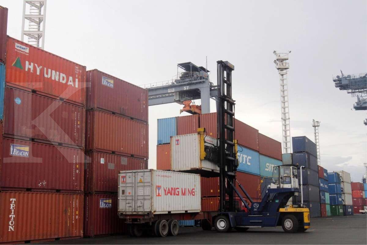 Bongkar muat kontainer