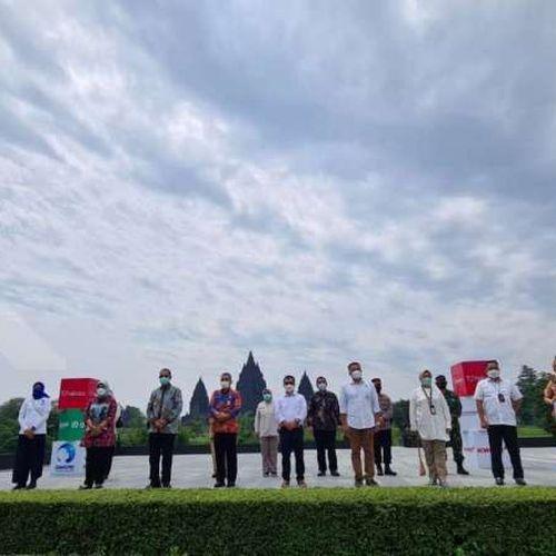 Pemkab Sleman Didukung Halodoc dan Gojek Buka Pelayanan Vaksinasi Covid-19 Massal Drive Thru di Yogyakarta