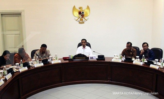 Sembilan lembaga non struktural dibubarkan
