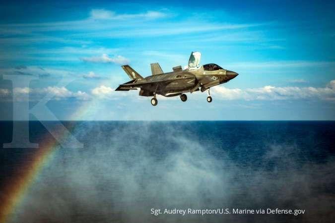 Pesawat tempur AS di Laut China Selatan. (U.S. Marine Corps photo by Sgt. Audrey M. C. Rampton)