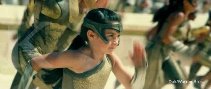 Gal Gadot menangis melihat adegan awal film Wonder Woman 1984, ini komentarnya