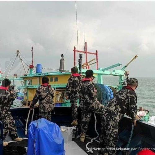 KKP Tangkap Kapal Trawl Asal Malaysia di Selat Malaka