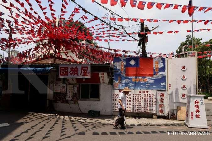 Panic buying terjadi di Taiwan saat aturan baru terkait pengetatan Covid-19 dimulai