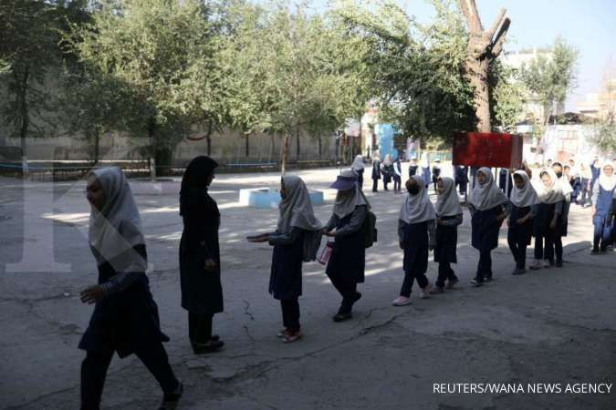 Taliban mengatakan anak perempuan akan dapat kembali ke sekolah sesegera mungkin