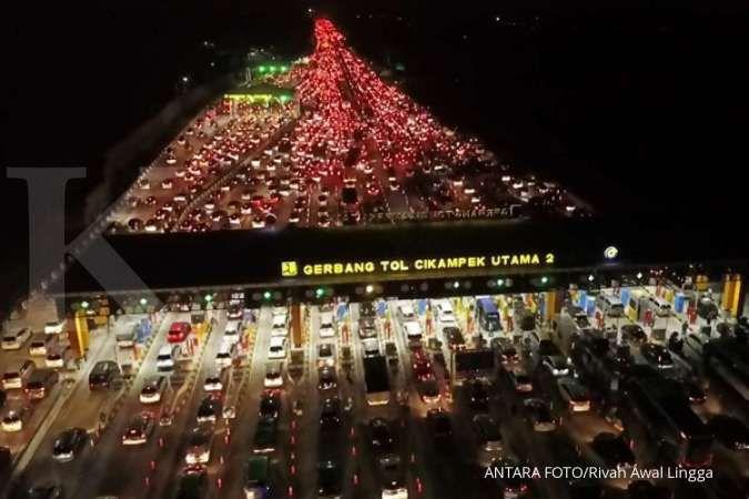 Hari terakhir mudik Nataru, sebanyak 54.675 kendaraan melintasi tol Jakarta-Cikampek