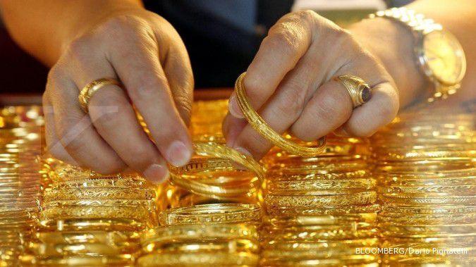 Emas sulit menandingi otot dollar AS