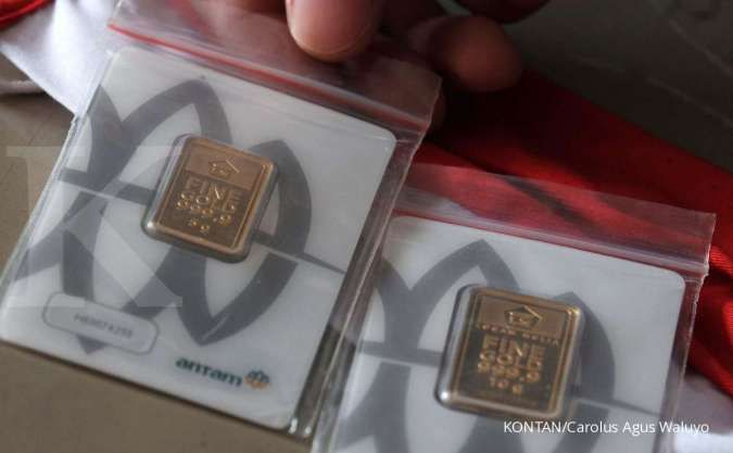 Harga emas Antam turun Rp 3.000 menjadi Rp 945.000 per gram pada hari ini (14/6)