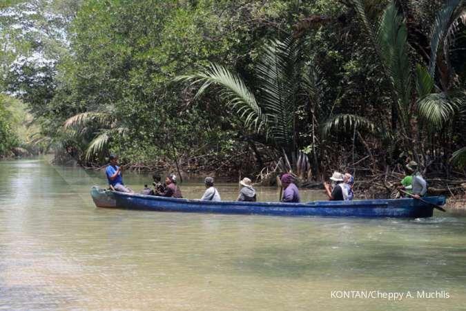 Wisata unik, telusuri jalur badak jawa mandi di Pulau Handeuleum