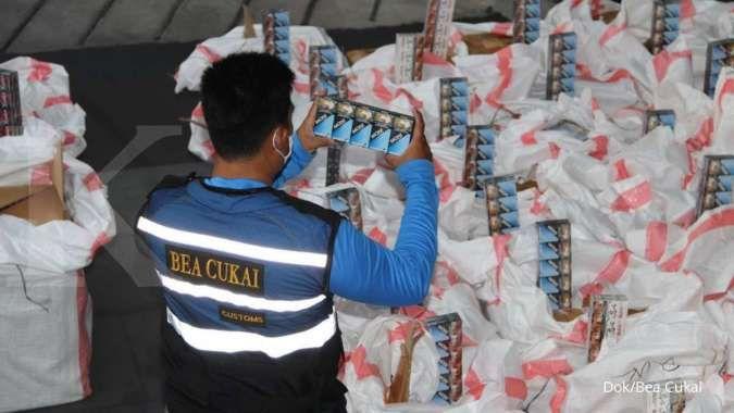 Bea Cukai amankan 4,47 juta batang rokok ilegal dalam dua penindakan beruntun