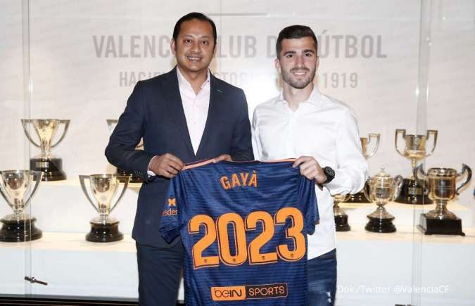Barcelona siap menjemput Jose Gaya dari Valencia