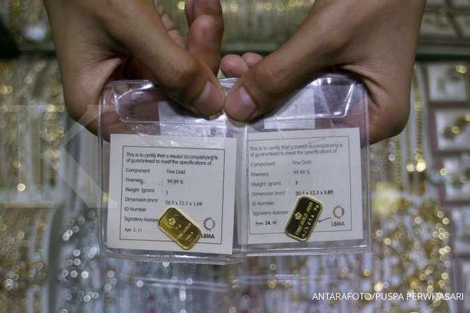 Harga emas hari ini (21/11) di Butik Emas Antam naik jadi Rp 977.000 per gram