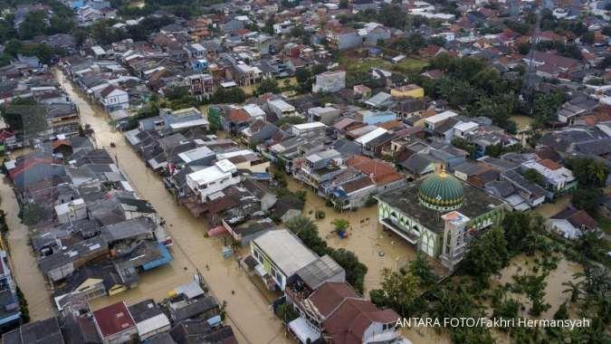 Ini 27 titik banjir di Jakarta dan sekitar, Sabtu (18/2), air masuk rumah warga 1-2 m