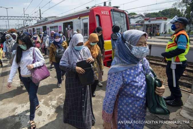 Pengguna KRL naik selama libur Lebaran, KCI tambah 6 jadwal perjalanan