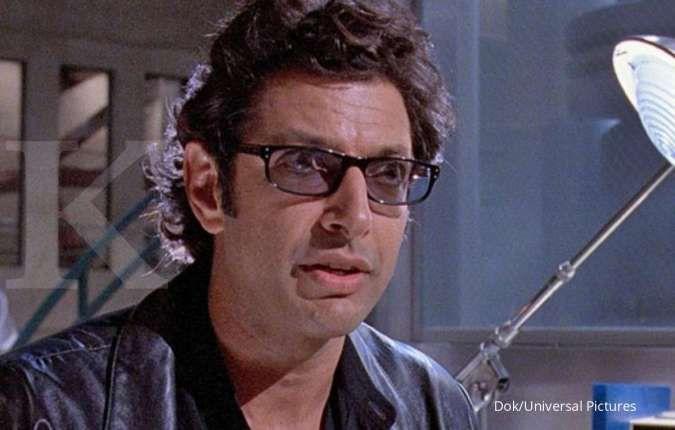 Hampir 30 tahun berlalu, Jeff Goldblum reka ulang pose populer di film Jurassic Park