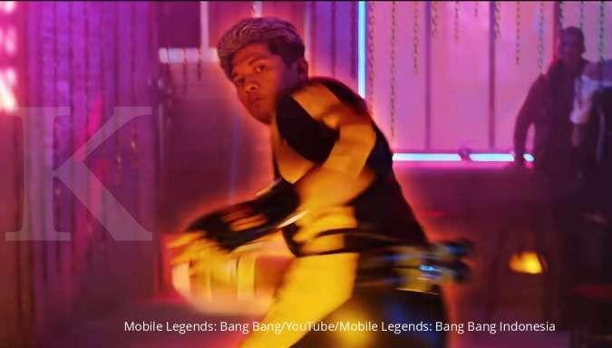 Tangkap layar Iko Uwais perankan karakter Chou Mobile Legends