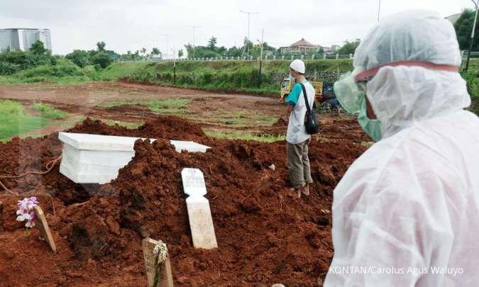 Sekitar 190 jenazah dimakamkan di Jakarta per hari, separuh lebih korban Covid-19