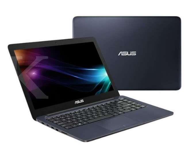 Laptop ASUS E402Ya-Ga202T