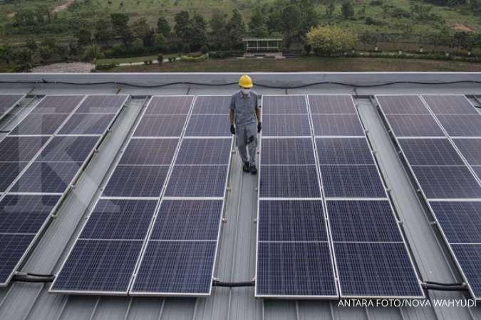 Kejar target bauran EBT di tengah surplus listrik, berikut opsi solusi ESDM dan IESR