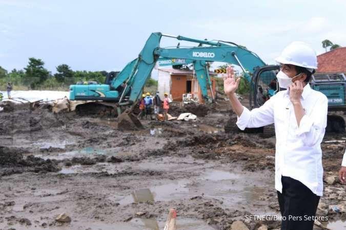 Tinjau banjir Bekasi, Jokowi minta perbaikan tanggul beres 2 hari lagi