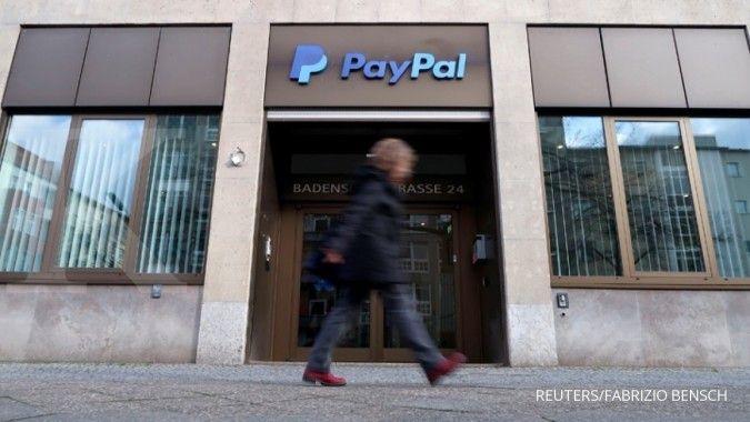 Model PornHub tak bisa lagi menerima pembayaran dari PayPal