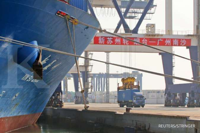 Ekspor China tumbuh lebih tinggi dari perkiraan pada Desember 2020, impor naik pesat