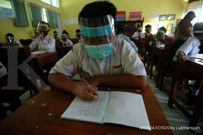 Wali Kota Tangerang akan mencabut izin sekolah yang menggelar belajar tatap muka