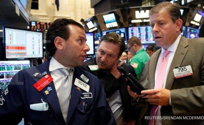 Dua sentimen ini yang menggerus Wall Street