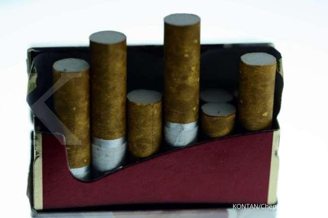 Pelemahan daya beli dan wacana kenaikan cukai rokok membayangi pergerakan saham-saham emiten rokok.
