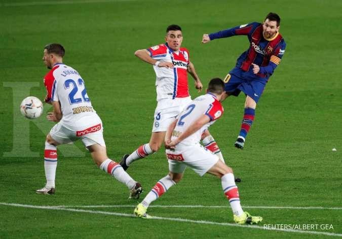 Lionel Messi bersama Timnas Argentina di final Copa America 2021, di sisi lain kontraknya habis bersama Barcelona