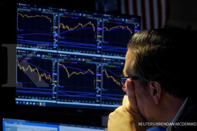 Wall Street: Saham teknologi mengangkat Nasdaq, perbankan seret S&P dan Dow Jones