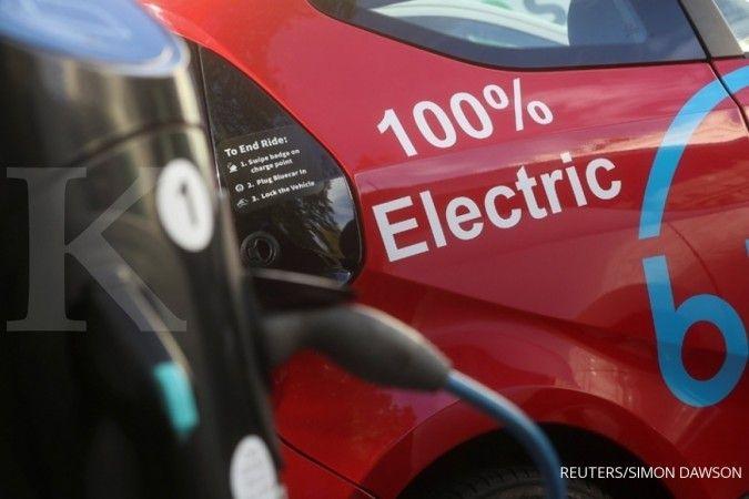 Siapa yang punya mobil listrik? Ini tarif charge di SPKLU milik PLN