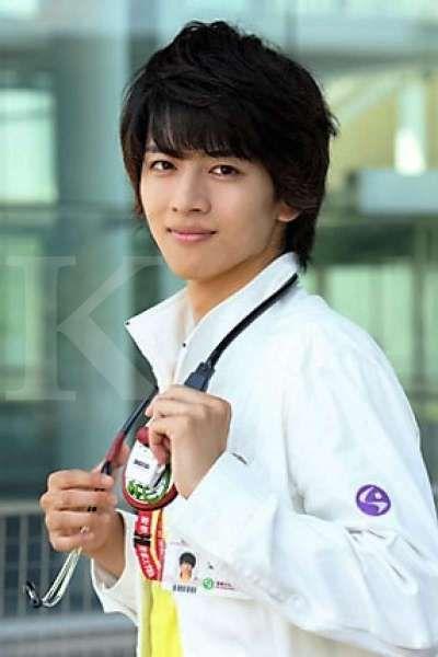 Hiroki lijima, aktor Kamen Rider Ex-Aid positif terinfeksi virus corona