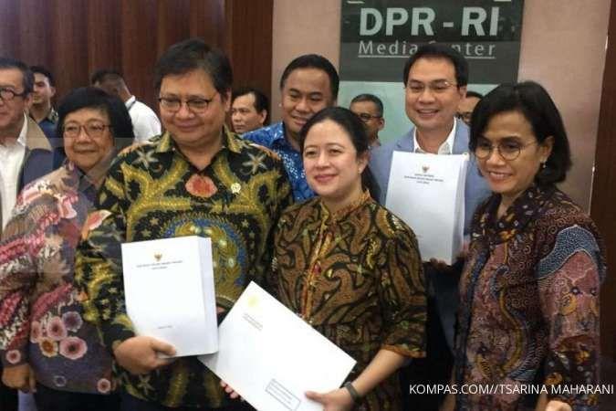 Pemerintah serahkan surat presiden dan draf omnibus law RUU Cipta Kerja ke DPR