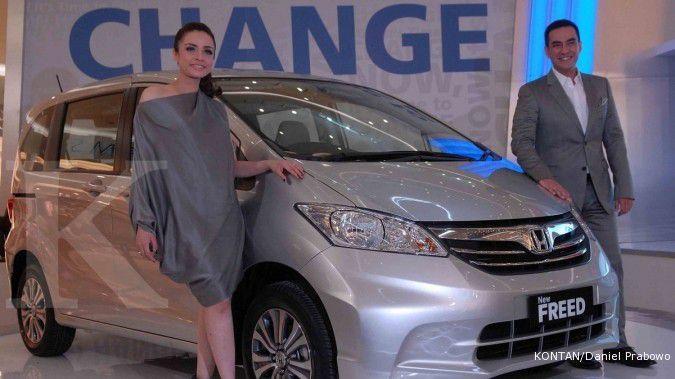 Hanya Rp 100-an juta, lelang mobil sitaan pajak Honda Freed & Honda City
