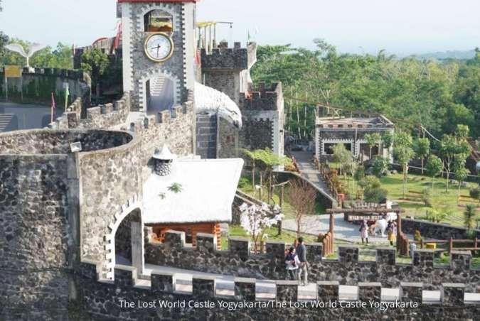 Menjelajahi negeri dongeng di The Lost World Castle, cocok untuk liburan akhir pekan