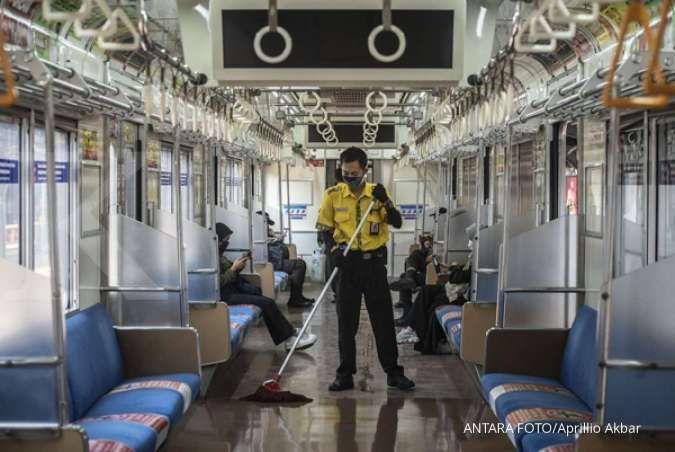 Syarat naik KRL Commuter Line selama PPKM