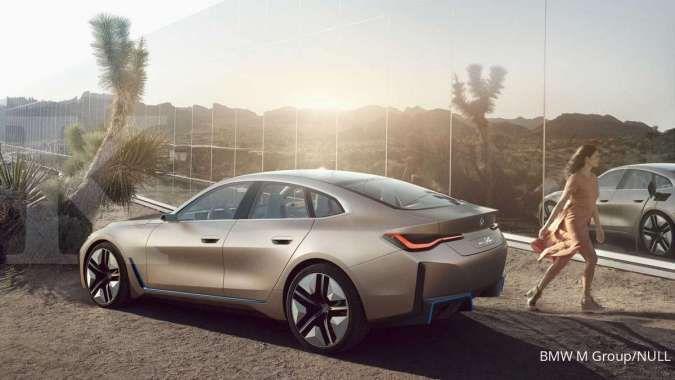 Mobil listrik BMW i4 M bakal meluncur tahun depan, begini tampangnya