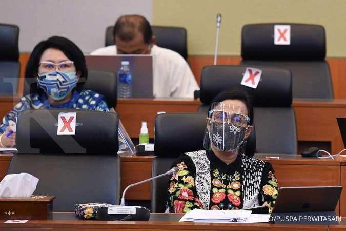 Menteri Keuangan Sri Mulyani mengikuti rapat kerja bersama Badan Anggaran DPR di Kompleks Parlemen Senayan, Jakarta, Senin (7/9/2020). Rapat kerja tersebut membahas laporan dan pengesahan hasil Panitia Kerja Pembahasan RUU Pertanggungjawaban dan Pelaksana
