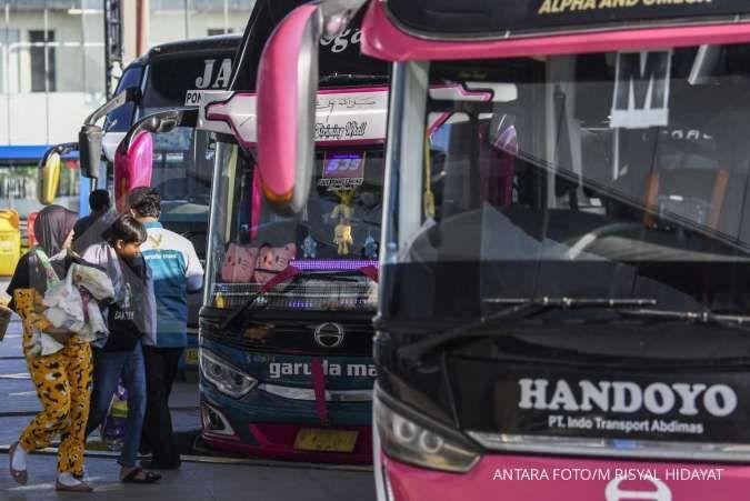 Di masa pengetatan mudik, penumpang kendaraan pribadi dan bus tak wajib tes Covid-19