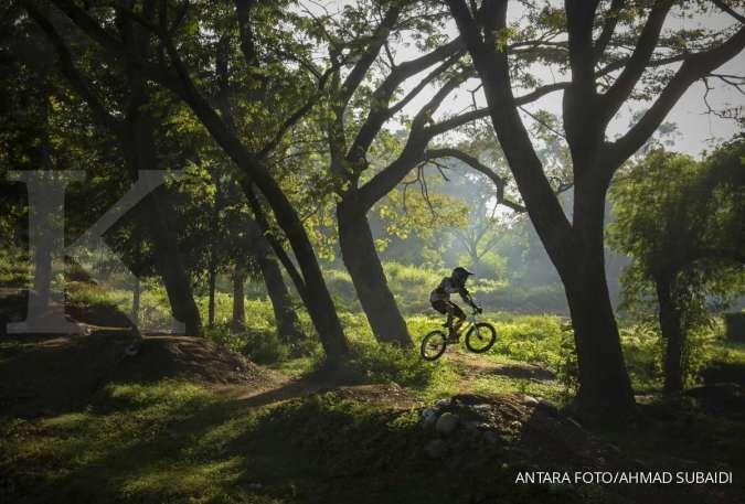 Bersepeda termasuk salah satu jenis olahraga untuk diet.