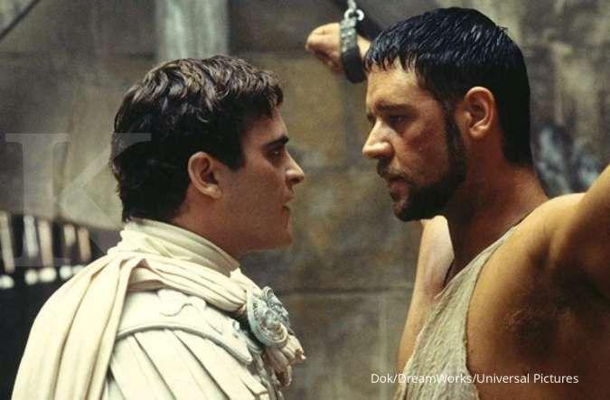 Joaquin Phoenix dalam perannya di film Gladiator (2000) arahan sutradara Ridley Scott.