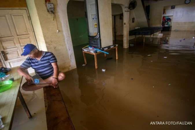 Menjaga kesehatan tubuh saat kebanjiran, berikut tipsnya