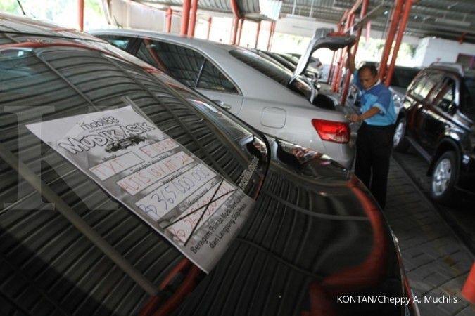 Daftar lelang mobil sitaan Ditjen Pajak jelang akhir tahun, harga mulai Rp 25 juta