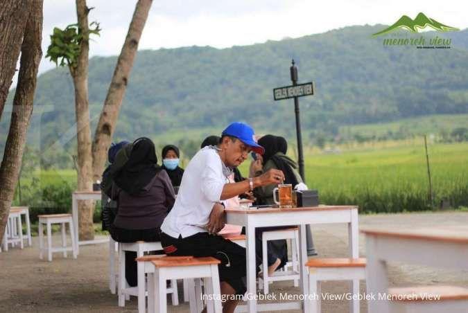 Geblek Menoreh View, angkringan yang punya pemandangan sawah di Kulon Progo