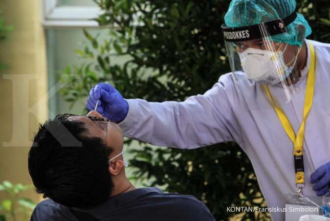 Jumlah infeksi virus corona di Indonesia bertambah 12.818 kasus pada Jumat (15/1)