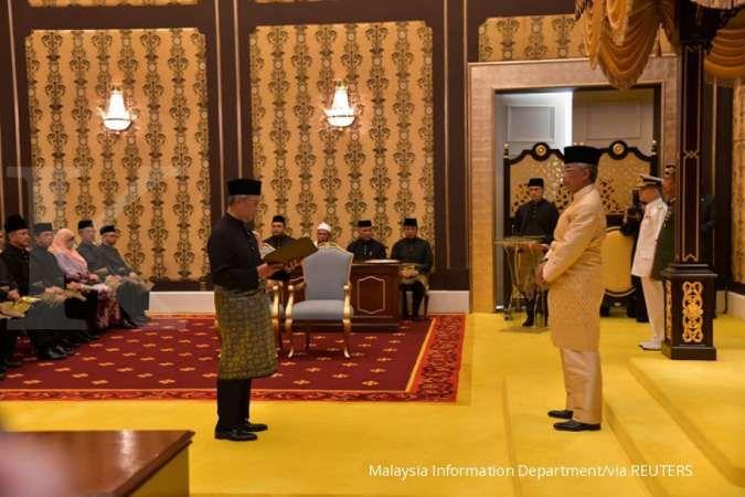 Suhu memanas, Raja Malaysia: Jangan seret negara ini ke ketidakpastian politik
