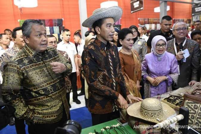 Jokowi targetkan pembiayaan UMKM capai 30% dari total kredit yang disalurkan