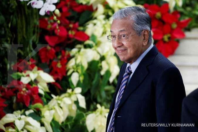 Gejolak politik kian panas, indeks bursa saham Malaysia ditutup ambles 2,69%